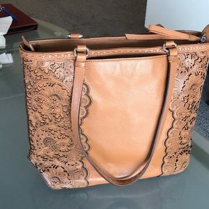 Beautiful Leather Detailed Brighton Bag